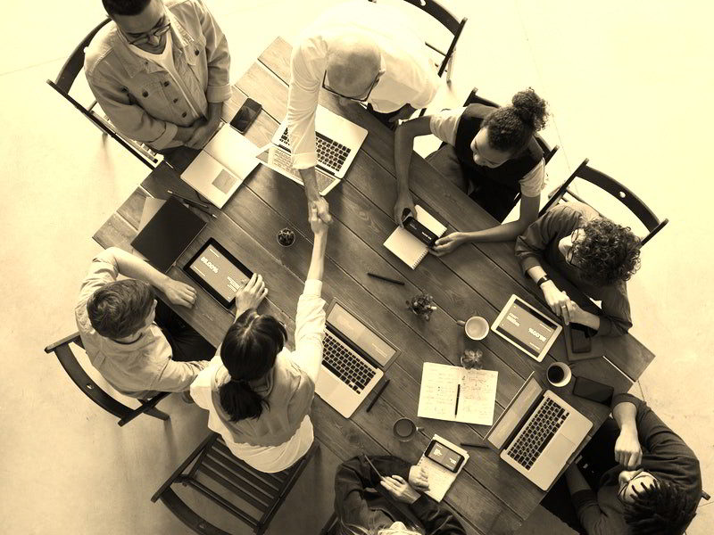 How should Market Research & Insight agencies engage Heads of Insight?